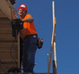 roofing cost estimate helps faster execution